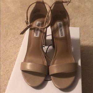 Steve Madden Shoes - Steve Madden Carson blush lea sandal